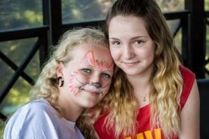 malowanie twarzy wolontariusze